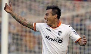 Vargas celebrando un gol (MANUEL BRUQUE.EFE)